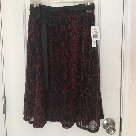 Joe B Dresses & Skirts - Joe B black and red lace midi skirt w/ ribbon sz s